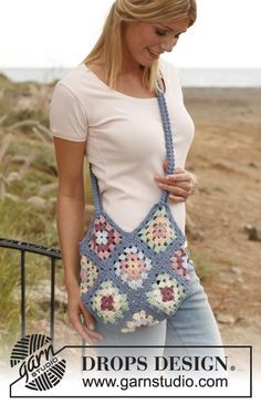 "Crochet DROPS bag with granny squares in ""Paris"". ~ DROPS Design"