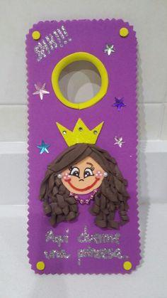 Juanita La Marquesita: Colgadores para las puertas de dormitorios infantiles.