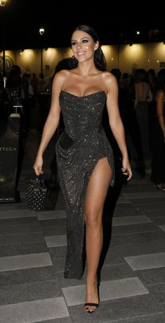 Night Outfits, Sexy Outfits, Summer Outfits, Irina Shayk Dress, Glam Dresses, Formal Dresses, Crochet Skirts, Slit Dress, Photography Women