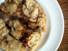 deep dish caramel snickers cookies