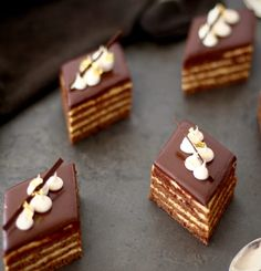 Mia Emilie Persson - Mousse, Desserts, Food, Postres, Eten, Meals, Food Deserts, Plated Desserts, Sweets