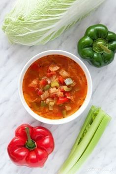Pikantna fit zupa kapuściana Soup Recipes, Cooking Recipes, Healthy Recipes, My Favorite Food, Favorite Recipes, Cabbage Soup, Fitness Diet, Bon Appetit, Good Food