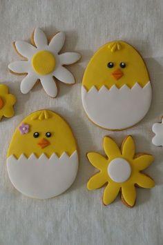 Fondant Cookies, Cookie Frosting, Iced Cookies, Cute Cookies, Sugar Cookies, Baby Cookies, Heart Cookies, Easter Cupcakes, Easter Cookies