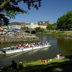 Paddan Canal Boat Tour in Gothenburg, Sweden