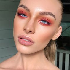 Red Eye Makeup, Glam Makeup, Skin Makeup, Makeup Inspo, Makeup Art, Makeup Geek, Makeup Inspiration, Beauty Makeup, Hair Beauty