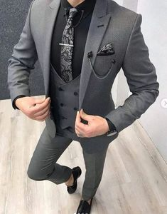 Collection: Spring – Summer 19 Product: Slim-Fit Vest Suit Color Code: Gray Size: Suit Material: wool, poly Machine Washable: No Fitting: Slim-fit Package Include: Coat, Vest and Pants Only Indian Men Fashion, Mens Fashion Suits, Mens Suits, Groom Suits, Blazer Outfits Men, Stylish Mens Outfits, Cool Outfits For Men, Casual Outfits, Stylish Man