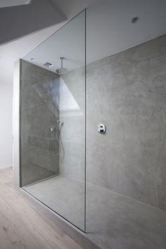 Ebenerdige Dusche aus Beton Mehr