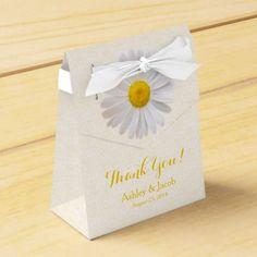 Daisy Yellow White Lace Wedding Thank You Favor Box