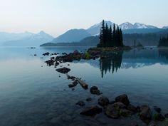 Lake Garibaldi (Whistler British Columbia) through the forest fire smoke haze at sunrise. [1440x1080][OC]