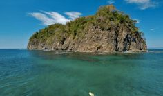 Ocotal Beach Resort in Costa Rica offers daily dive trips and a dive shop
