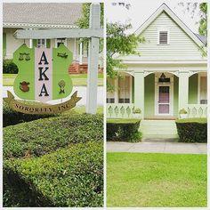 Alpha Kappa Alpha is my sorority. Here is one of our pretty houses: AKA house (Columbus, GA) Aka Sorority, Alpha Kappa Alpha Sorority, Sorority Life, Pretty In Pink, Pretty Girls, Aka House, Tuskegee University, Columbus Ga, Greeks