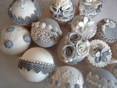 grey vintage cupcakes by Lady P's Cupcakery