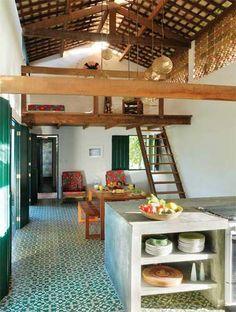 Verão à beira mar: 16 exemplos de salas para a sua casa de praia - Casa