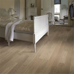 Kährs is a world-leading manufacturer of wood floors and vinyl floors which provides a complete flooring solutions for your home. Engineered Wood Floors, Parquet Flooring, Vinyl Flooring, Hardwood Floors, Scandinavian Interior Design, Wood Bedroom, Home Room Design, House Rooms, House Styles