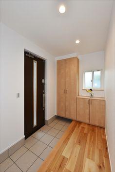 Tile Floor, Divider, Garage Doors, Flooring, Natural Interior, Outdoor Decor, Room, Furniture, Home Decor