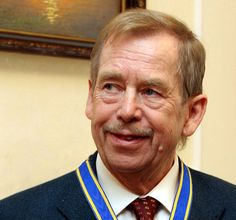 Václav Havel, the former Czech president and dissident playwright, who wove theater into politics to peacefully bring down communism in Czechoslovakia and become a hero of the epic struggle that ended the Cold War, has died at Political Leaders, High Art, Playwright, People Of The World, Popular Culture, Social Justice, Czech Republic, Prague, Inspire Me