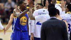 Le MVP de la nuit : Kevin Durant s'offre un remake de «The Shot» -  Pour retrouver le sommet de la NBA après la dernière Finale perdue, la stratégie des Warriors était simple l'été dernier : «All in» sur Kevin Durant. Cette nuit, Joe Lacob,… Lire la suite»  http://www.basketusa.com/wp-content/uploads/2017/06/kd-570x325.jpg - Par http://www.78682homes.com/le-mvp-de-la-nuit-kevin-d