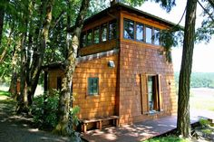 Beacon Cabin | Tiny House Swoon | A two-story cabin with 450 square feet floorplan sitting on a 40 acre vineyard in Gaston, Oregon. More info. Beacon Cabin in Gaston, Oregon.