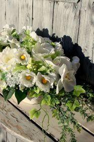 Kompozycja kwiatowa na wianku-dekoracja na cmentarz,na grób,na Wszystkich Świętych Floral Wreath, Wreaths, Vegetables, Plants, Home Decor, Floral Crown, Decoration Home, Door Wreaths, Room Decor