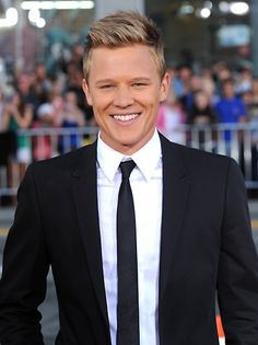I'd love to see Christopher Egan playing David Hawthorne in SEABOUND.