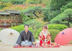和装前撮りで絶対に撮りたい正座ショットの撮り方アイデア Traditional Wedding Attire, Wedding Kimono, Japanese Wedding, Wedding Preparation, Kobe, Pretty Little, Picnic Blanket, Wedding Photos, Weddings