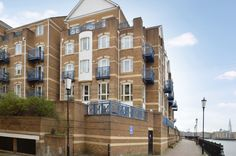 King & Queen Wharf, situated on the River Thames offering residents leisure facilities including swimming pool, jacuzzi and sauna, as well as a well maintained landscaped gardens, concierge service, underground parking and stunning direct river views from a number of apartments.    https://www.alexneil.com/estateagentssaleslettings.php?k=2 https://www.alexneil.com/estateagentssaleslettings.php?k=3