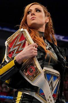 Watch Wrestling, Women's Wrestling, Wwe Female Wrestlers, Female Athletes, Becky Wwe, Wwe Belts, Wwe Women's Division, Rebecca Quin, Wwe World