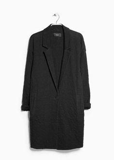 Langer, strukturierter Mantel