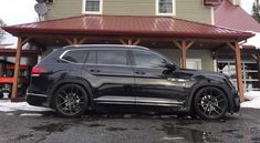 Vw atlas lowered look so sick 3rd Row Suv, Black Rims, Ford Mustang Gt, Hot Wheels, Volkswagen, Sick, Trucks, Culture, Cars