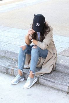 40 Trench Coat Outfits To Give You That Inspiration You Need