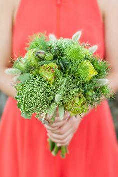 Green bridesmaid bouquet #weddingbouquet