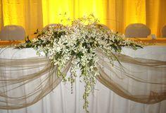 elegant floral  centerpieces arrangements for head tables | ... delivery for Hawaiian wedding bouquets, Haw > Tropical Arrangements
