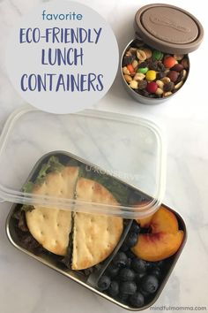 Find the best reusable lunch containers for school lunch, work or on-the-go - make from non-toxic materials like stainless steel, silicone and tempered glass. | #reusable #lunch #schoollunch #ecofriendly