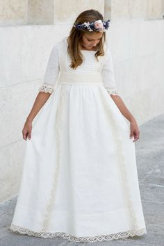 PILAR DEL TORO: colección primera comunión 2016 Young Fashion, Kids Fashion, Dress With Cardigan, Dress Up, Babys Breath Hair, Communion Dresses, Heirloom Sewing, First Communion, Kirchen