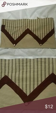 2 sets of curtain valances, each measures 68x14. Gently used curtains are in great shape,  light sun fading on the back. Each valance measures 68 long and 14 wide. Color is beige, with burgundy stripping. Other