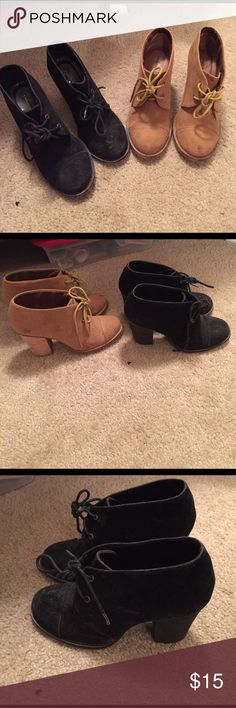 2 pairs of Chinese laundry wedges Black and Tan pair... Worn/dirty but can be cleaned Shoes Wedges