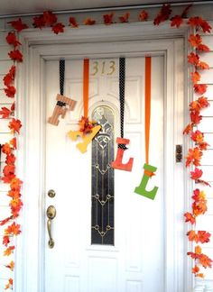 Thanksgiving / fall dorm door decoration | My Drawings ...