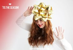 DIY GIANT BOW HEADBAND. A mega must for ugly sweater parties!! #fun #holiday #DIY