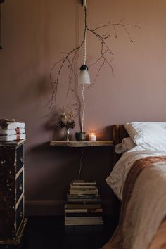 my scandinavian home: Duvet Day In This Cosy 'Forever Autumn' Bedroom? my scandinavian home: Duvet Day In This Cosy 'Forever Autumn' Bedroom? Bedroom Colors And Moods, Best Bedroom Colors, Bedroom Color Schemes, Bedroom Paint Colors, Home Interior, Interior Design, Duvet Day, Brown Walls, Brown Bedroom Walls