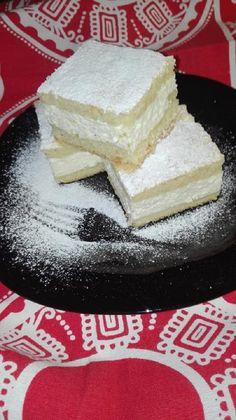 Pillekönnyű túrós pite, finomabb sütit el sem lehet képzelni! - Egyszerű Gyors Receptek Fudge, Cheesecake, Recipes, Food, Chef Recipes, Kochen, Cheese Pies, Cheesecakes, Eten