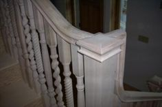 alternating balusters with simple box newel