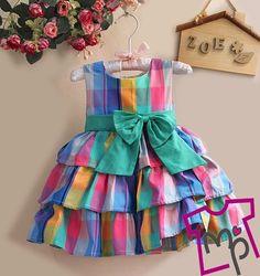 ideas sewing clothes kids dress fabrics for 2019 Girls Frock Design, Kids Frocks Design, Baby Frocks Designs, Baby Dress Design, Cotton Frocks For Kids, Frocks For Girls, Little Girl Dresses, Kids Blouse Designs, Kids Dress Wear