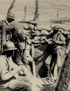 Soldiers from 2nd Special Regiment at the Guet Post in the frontline trenches in front of La Pompelle in 1916.