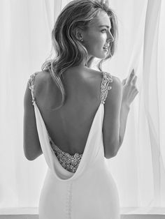 38 best Ideas for bridal dresses 2018 pronovias Perfect Wedding Dress, Best Wedding Dresses, Bridal Dresses, Wedding Gowns, Dream Wedding, Wedding Dress 2018, Pronovias Wedding Dress, Cowl Neck Wedding Dress, Wedding Dress Low Back
