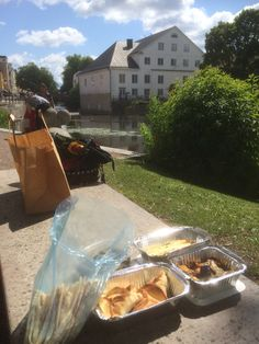 Take-away tapaz lunch by the river. Fyrisån, Uppsala, Sweden 2015