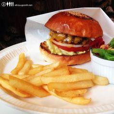 burger mania(バーガーマニア)白金のチーズバーガー