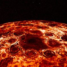NASA had started their new mission to planet Jupiter of collecting some inner secrets. Upon investigating, it has been found that NASA has come across some inner secrets of Jupiter planet. Cosmos, Nasa Juno, James Webb Space Telescope, Juno Spacecraft, Jupiter Moons, Jupiter Planet, The Floor Is Lava, Polo Norte, Gas Giant