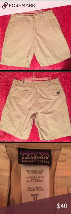 Men's Patagonia Khaki Shorts Men's khaki Patagonia Shorts. EXCELLENT condition. Hardly worn. Pet free, Smoke free home! Patagonia Shorts