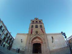 """#Huelva -#Lepe - Iglesia de Santo Domingo de Guzmán 37º 15' 15"""" -7º 12' 10""""  Fotografía de Arturo Gámez. Sita en la Plaza de España, en el centro de la localidad, fue declarada monumento histórico-artístico."""