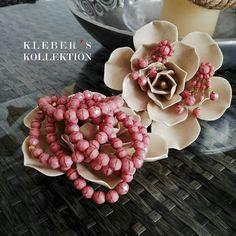 Think in Pink!   El color de la temporada sigue siendo el rosa y este es tu momento de expresar tu lado las femenino y romántico con accesorios en este tono. Además favorece a todo los tonos de piel.  Fotografía: @klebersoriano  be DIFFERENT choose an #kk #fashion #moda #pink #rosequartz #bracelets #earrings #publicidad #ads #design #designer #emprendedor #Ecuador #bijoux #bisuteria #jewel #jewelry #estilo #style #fashionista #marketing #socialmedia #photography #handmade